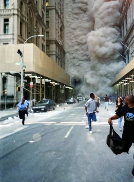 World_trade_center_new_york_city_demolition_street_flickr