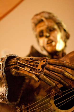 Hand of Cyborg Elvis statue at Palms Thai Restaurant