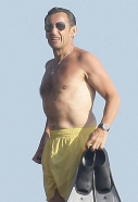 Nicolas-Sarkozy-fait-de-la-plongee