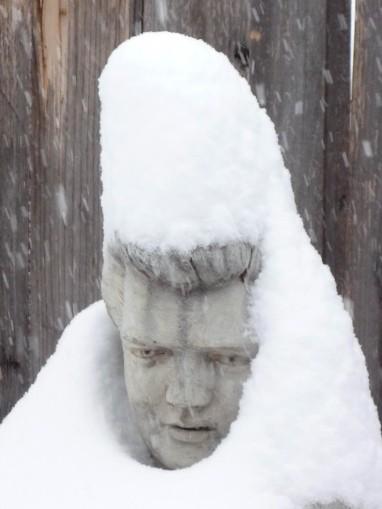 snow-elvis1