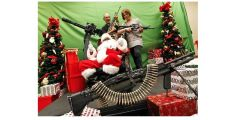 santa-and-machine-gun-gonz2