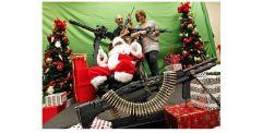 santa-and-machine-gun-gonz2